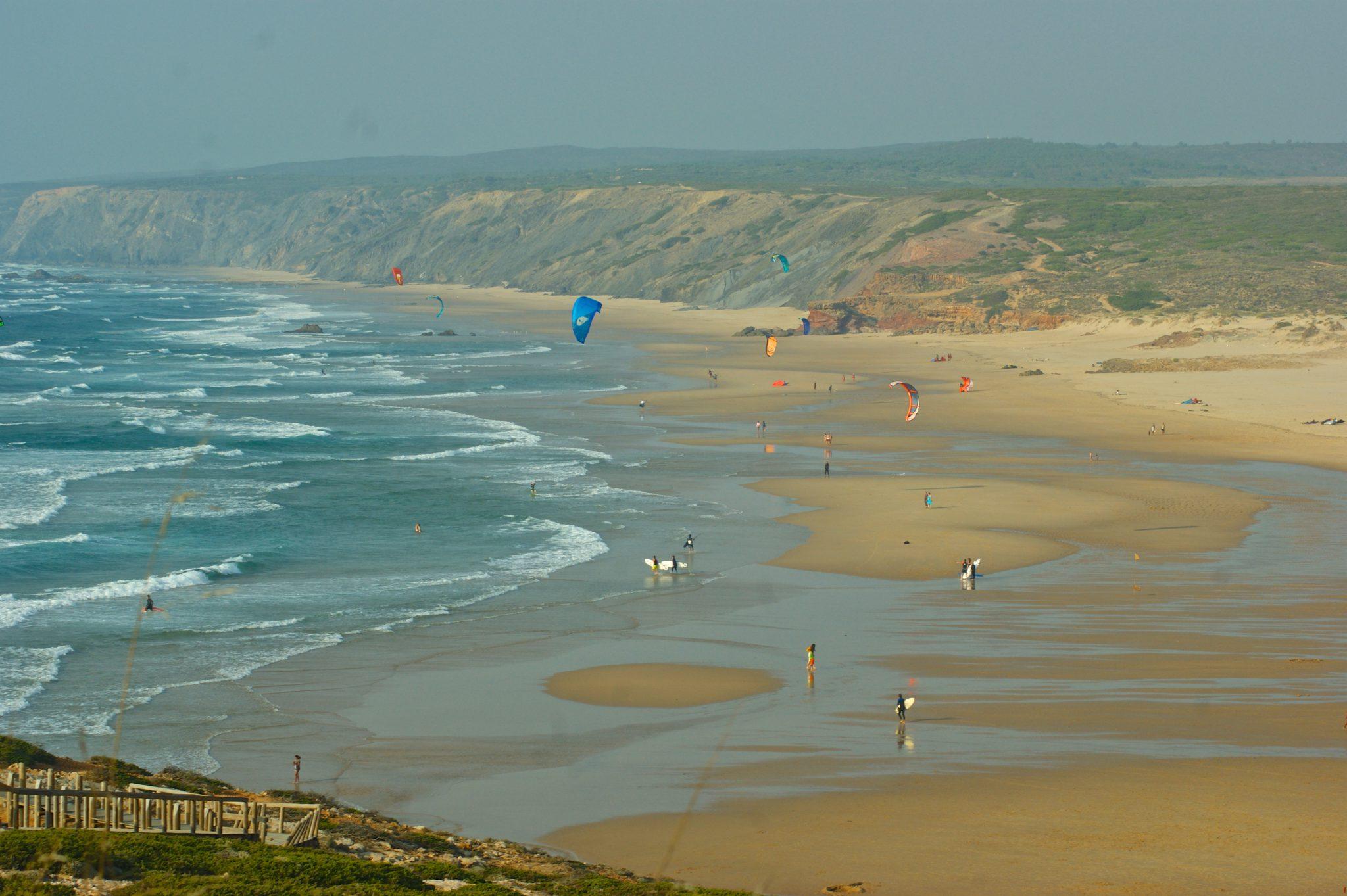 Wave kite Lagos