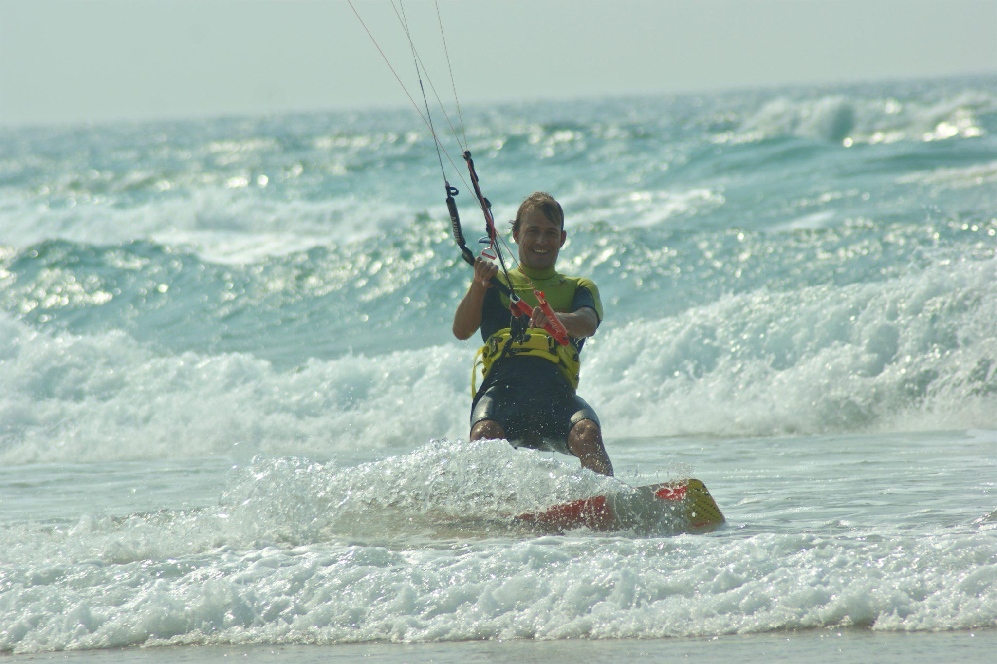 Wave kitesurfing Algarve